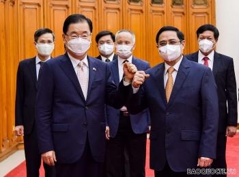 Thủ tướng Phạm Minh Chính đề nghị Hàn Quốc ưu tiên hỗ trợ nguồn vaccine Covid-19 cho Việt Nam
