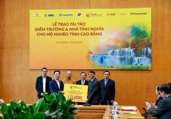 """""""Bầu Hiển"""" ủng hộ 5 tỷ đồng xây điểm trường và xây nhà tình nghĩa cho người nghèo ở tỉnh Cao Bằng"""