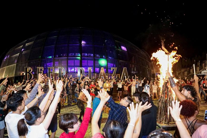 Đêm lửa trại sôi động tại Khu du lịch Sun World Ba Na Hills