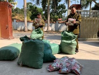 Lạng Sơn: Chặn đứng 9.000 chân gà nhập lậu