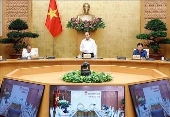 Thủ tướng Nguyễn Xuân Phúc: Tuyệt đối không chủ quan trước dịch COVID-19