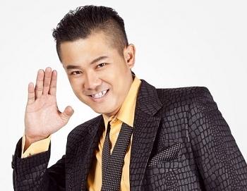 Thời nổi tiếng của ca sĩ Vân Quang Long
