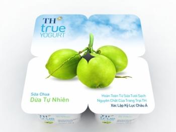 Thưởng thức vị ngon đặc biệt của sữa chua dừa tự nhiên đầu tiên ở Việt Nam