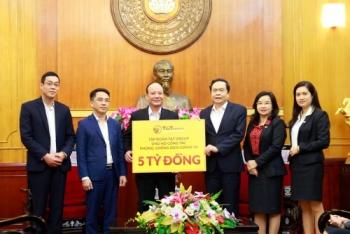 """Doanh nghiệp của """"bầu Hiển"""" ủng hộ 10 tỷ đồng cho công tác phòng chống dịch COVID-19"""
