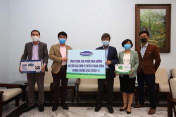 Vinamilk ủng hộ gần 15 tỷ đồng tiếp sức các đơn vị tuyến đầu trên cả nước chống dịch COVID-19