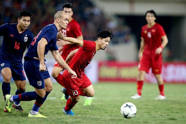 Quang Hải sáng cửa giành Quả bóng vàng Việt Nam 2019 - 1