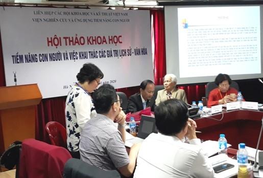 Hội thảo khoa học Tiềm năng con người và việc khai thác các giá trị lịch sử -văn hóa