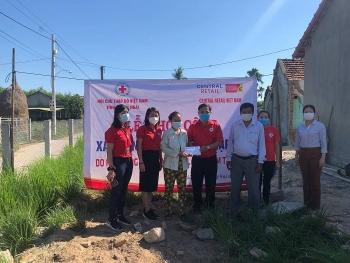 Quảng Ngãi: Tập đoàn Central Retail hỗ trợ xây nhà tình thương cho người dân nghèo