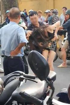 Công an vào cuộc nghi án đánh ghen trên phố Lý Nam Đế