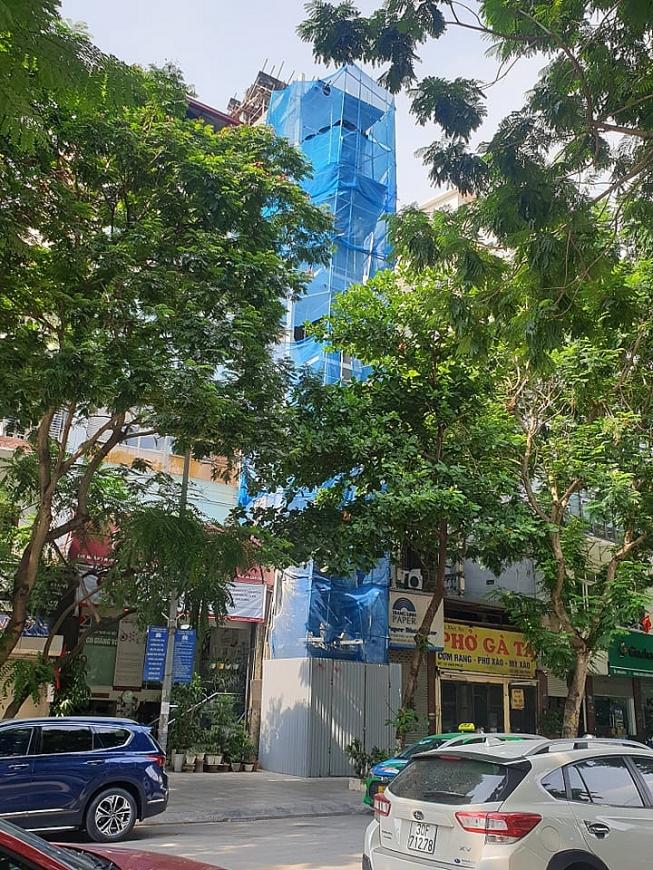 Quận Ba Đình, TP Hà Nội: Nhiều công trình vi phạm trật tự xây dựng ở phường Liễu Giai
