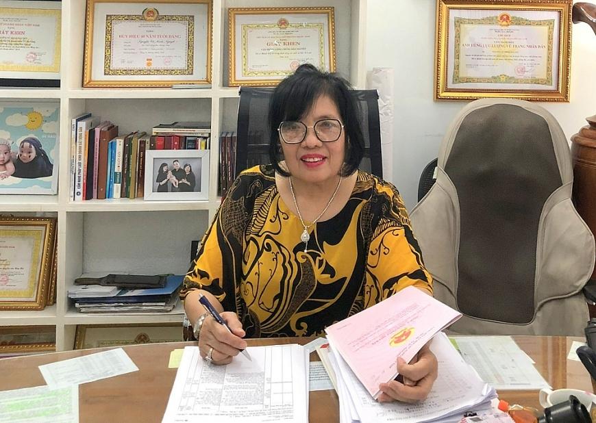 Bà Nguyễn Vũ Minh Nguyệt làm việc tại Văn phòng công chứng Bảo Nguyệt.