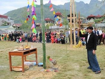 Nâng cao vị thế già làng ở địa bàn người Mông theo đạo Tin lành